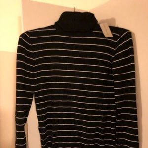 NWT Ann Taylor light sweater turtle neck size sm
